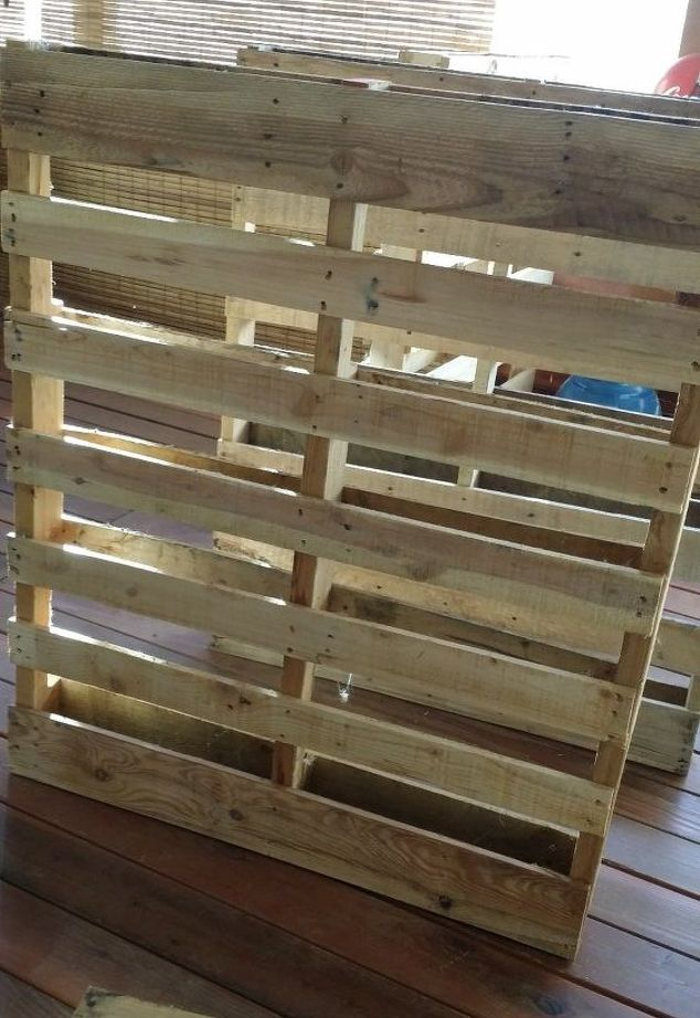 pallet project home made bar, entertainment rec rooms, pallet, woodworking projects