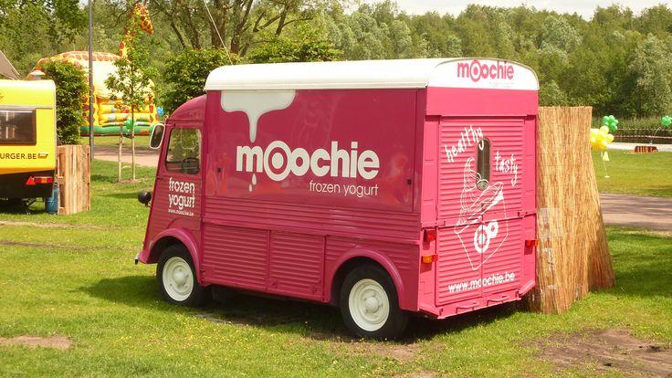 Moochie Frozen Yogurt Truck