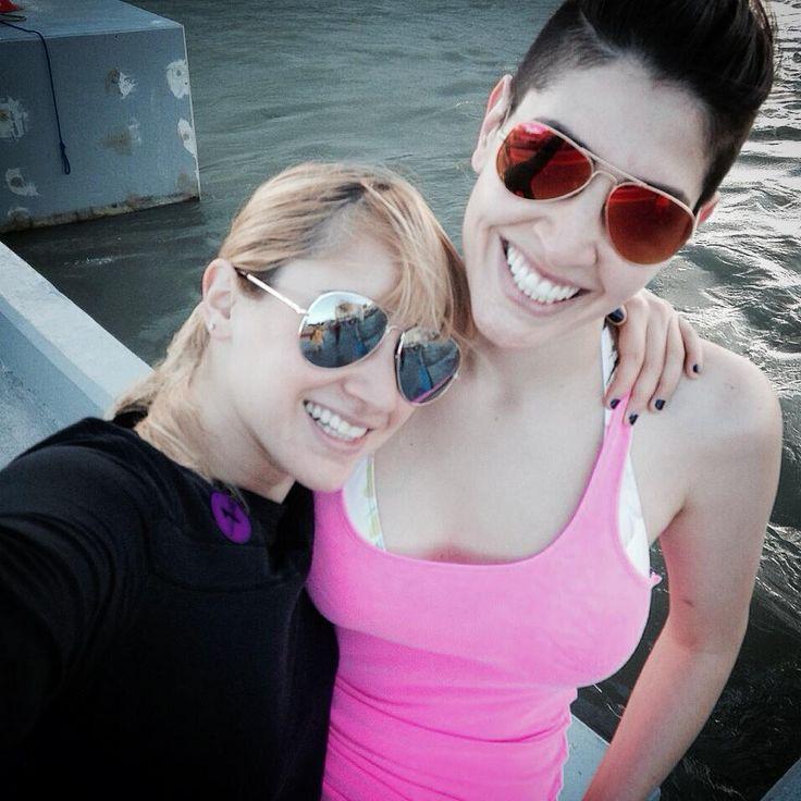 Hanna y Ashley disfrutando de unas merecidas vacaciones...