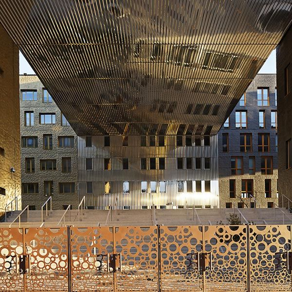 25 best ideas about confluence lyon on pinterest for Architecte musee confluence
