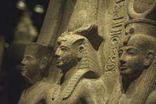 Il museo Egizio di Torino, che ospita una delle collezioni di arte egizia pù importanti del mondo insieme a quella del Cairo e a quella del Louvre da domani riapre al pubblico con un nuovo allestimento. Dopo tre anni e mezzo di lavori, e un investimento di 50 milioni di euro, le sale del museo sono state rinnovate per dare più visibilità ai reperti, mettendo in rilievo anche la storia delle missioni archeologiche in cui sono stati ritrovati e le vicende che hanno portato alla formazione del…