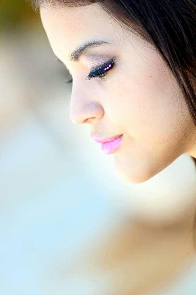 Book Agustina Benitez Maquillaje  opción noche y peinado por Fabian Cerdan Ph. Javier Mottola Estudio TomaUno