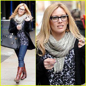 I want nerdy glasses! http://www.justeyewear.com/blog/site-updates/revenge-of-the-nerd-chic-nerd-glasses-dominate-fashion/
