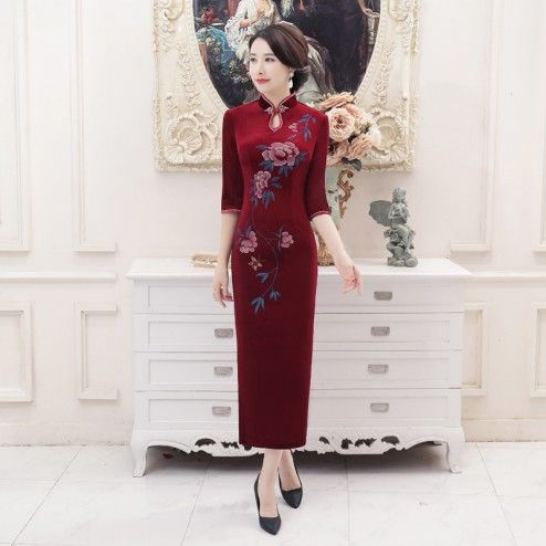 Traditional Burgundy Velour Half Sleeve Long Cheongsam Floral Evening Dress