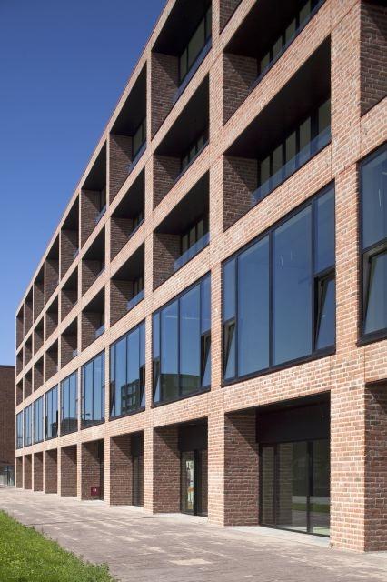 Solid 18 # Claus en Kaan Architecten