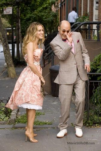 Carrie Bradshaw (Sarah Jessica Parker) and Stanford Blatch (Willie Garson) ~ Sex and the City (2008)
