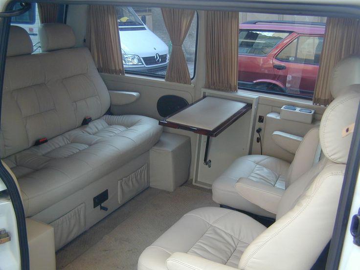 Mercedes-Vito-215