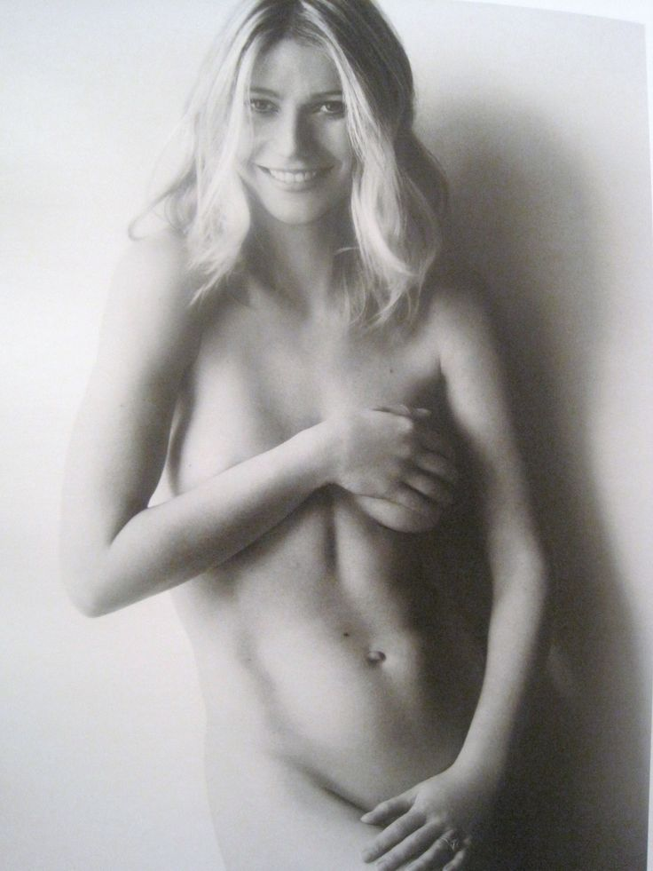 Gwyneth Paltrow Nude Photo