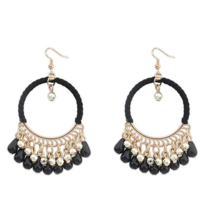 Bonjour les miss! We are back with many new items! Ces boucles d'oreilles seront disponible en plusieurs autres couleurs. Stay tuned and get subscribed to our newsletter: www.misha.tn #fashion #misha #tunisie #online #shopping