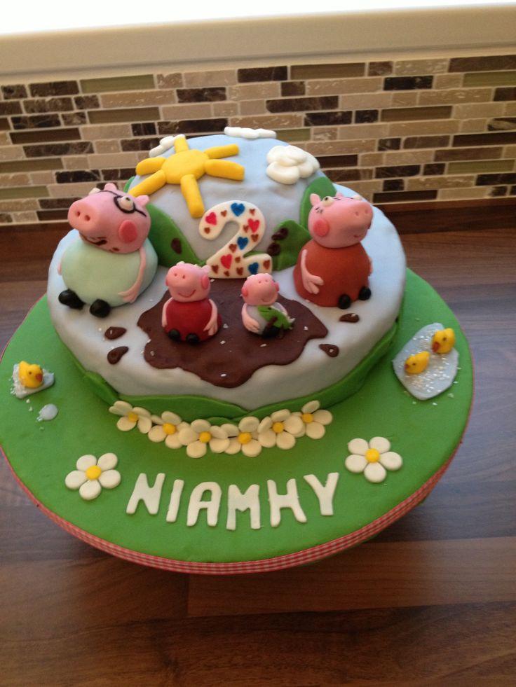 Niamh's Peppa pig cake
