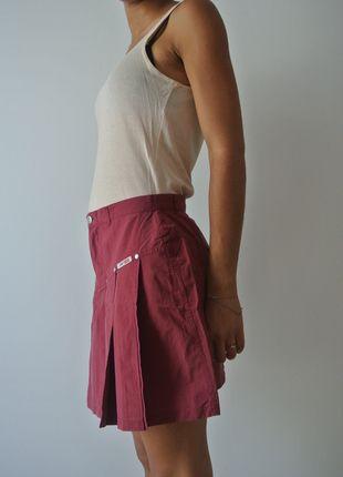 A vendre sur #vinted ! http://www.vinted.fr/femme/mini-jupes/2438665-jupe-courte-rouge-fonce-jennyfer