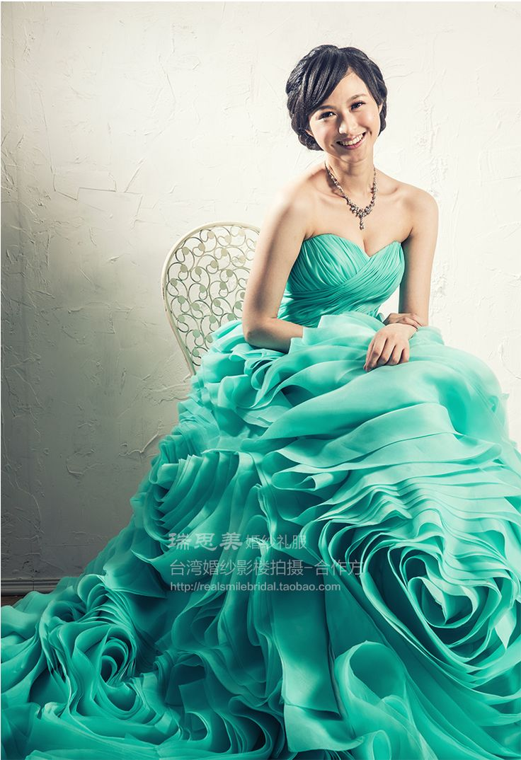 116 best Wedding - Gowns images by Gina Tan on Pinterest   Gown ...