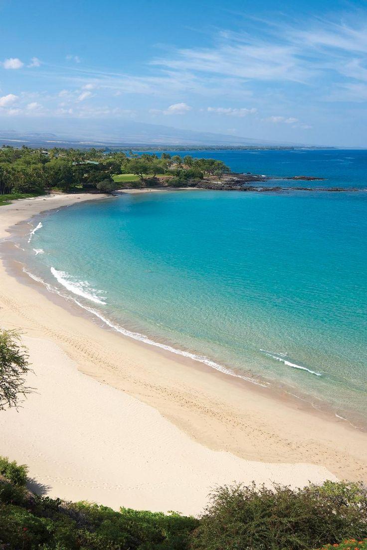 Kohala Coast of the Big Island of Hawaii. Kauna'oa Bay at Mauna Kea Resort. http://www.southkohala.com