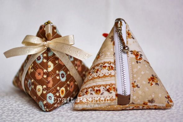 Sew | Sewing Tutorial | Triangle Coin Purse With Zipper | Free Pattern & Tutorial at CraftPassion.com