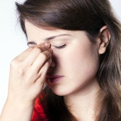 4 Ways to Treat Sinus Congestion - Dr. Weil's Daily Tip