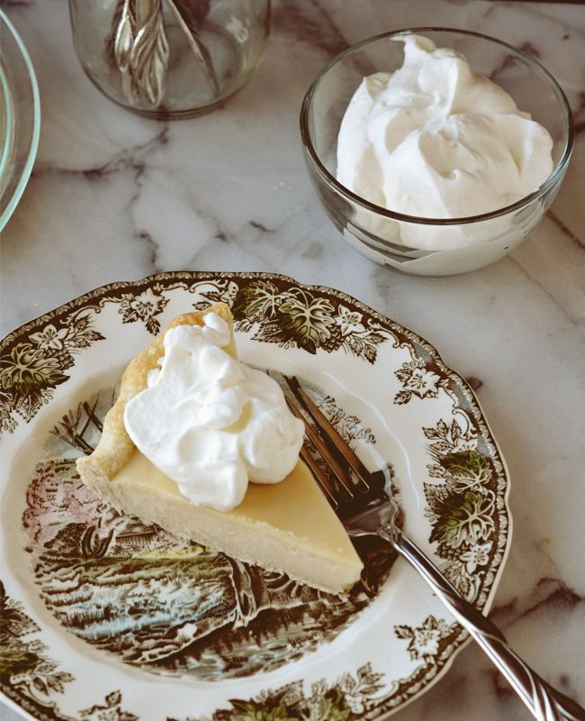 Canadian Maple Pie Recipe 1 cup real maple syrup 1.5 cups heavy cream .25 cups cornstarch .25 cups water Heat until thickened Pour into cooked pie crust