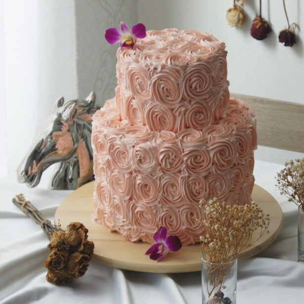 2 Tiered Coral Rosette Cake