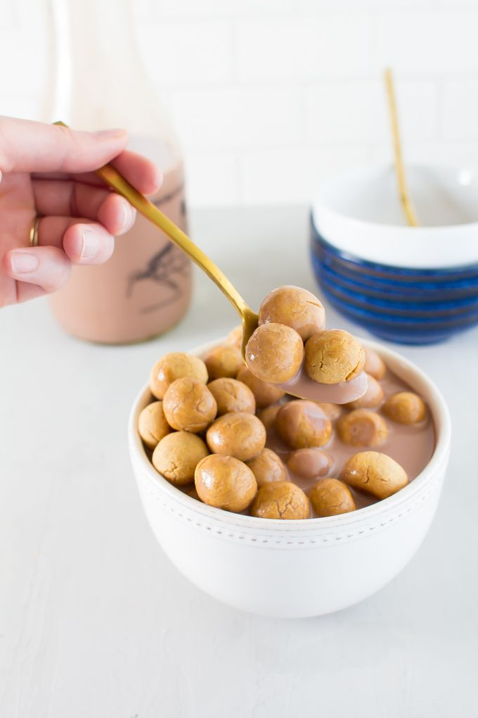 Peanut Butter Cookie Cereal + Chocolate Milk | immaEATthat.com