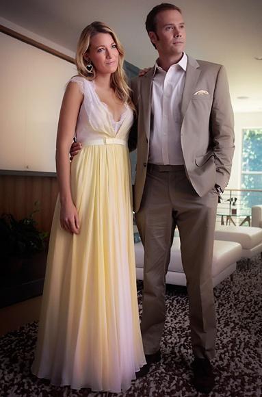 "Season 6, Episode 1: ""Gone Maybe Gone""  Serena van der Woodsen (Blake Lively) wears a Jenny Packham dress."