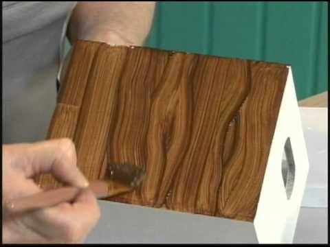 29/08/2010 - Decoupage com fotos na madeira Ζωγραφική-απομίμηση ξύλου και πώς να ντύσεις εσωτερικά το καπάκι