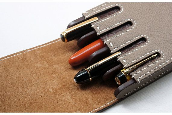Handmade leather Pen case    - Brand : dex+annery  - 100% hand work  - Material : Togo leather ( tannery : Germany Perlinger co.)  - Serafil : No.20