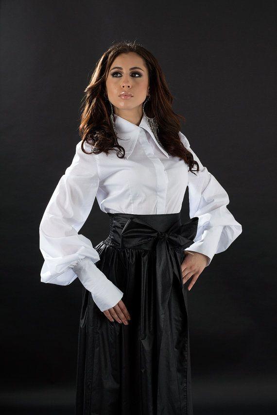 Wit overhemd met een grote kraag / Elegant wit door DECALOGUE13