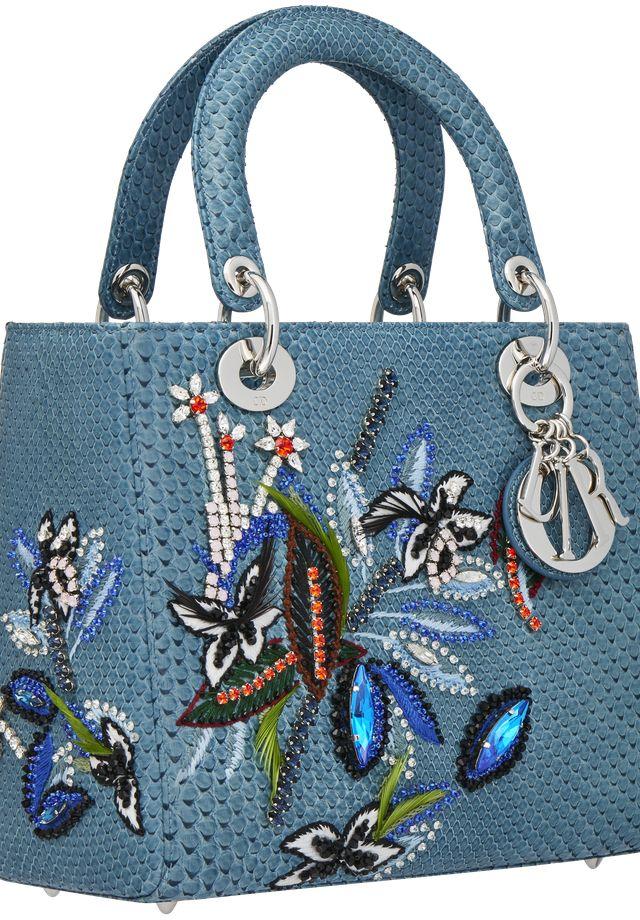 Lady Dior de píton azul com bordados  (Foto: Divulgação)