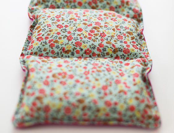 Découvrez comment fabriquer un coussin chauffant : simple et indispensable, vous ne pourrez plus vous en séparer !