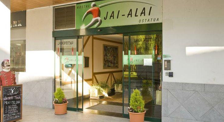 Booking.com: Hostal o pensión Hostal Jai Alai , Leitza,