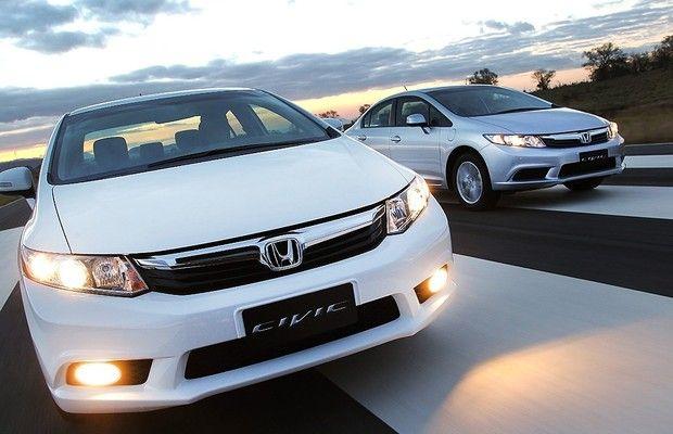 """Honda dá """"um tapa"""" no visual do Civic, que ganha motor 2.0"""