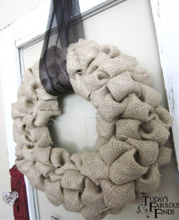 Burlap Bubble Wreath - Very simple and you'll have it for years. I love homemade Christmas decorations.