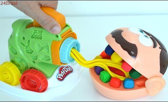 Jose Play Doh Dentista e Maquina de Fazer Macarrao e Carne Moida Play-Doh!!! Totoykids