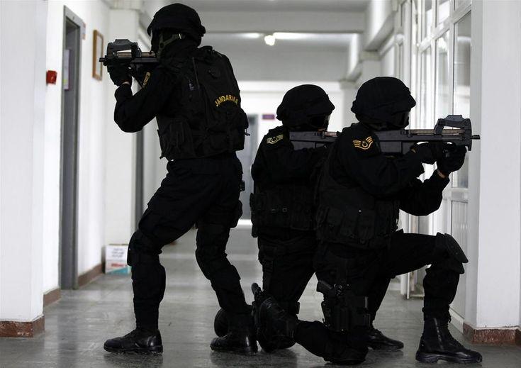 Turkish Special Forces( JOAK; Jandarma Ozel Asayis Komutanligi) 2.