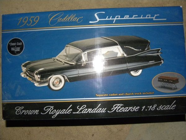 1:18 Scale 1959 Cadillac Hearse Die Cast Toy Car Precision