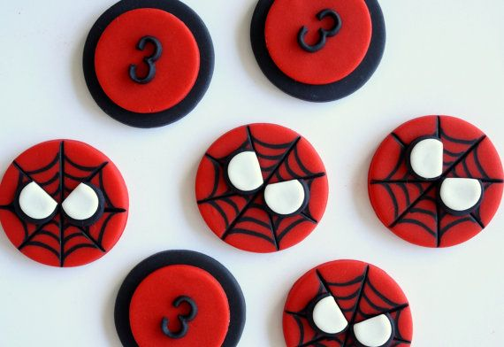 Fondant spiderman cupcake toppers - photo#26