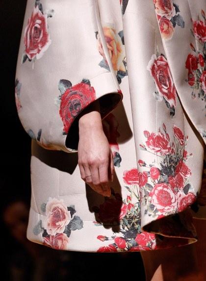 Sleeve Details - Comme des Garcons I Rei Kawakubo