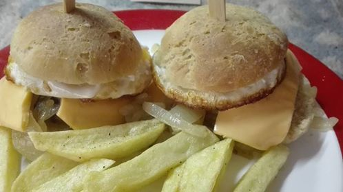 Love for Cooking and Baking: Hamburger met gebakken ei