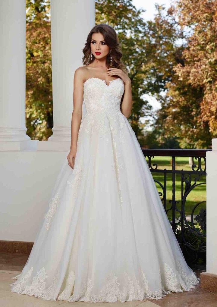 maya-fashion-wedding-dress-2-05082015nz