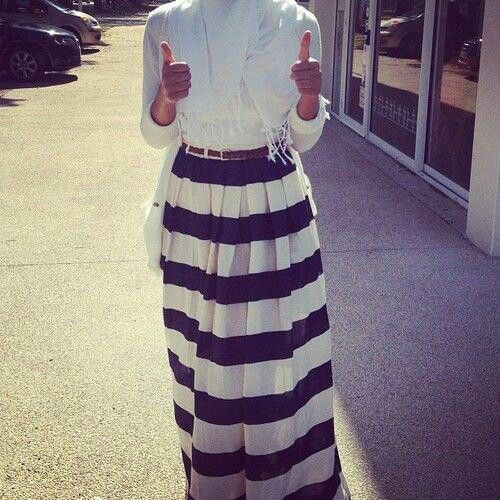 Hijab style... In LOVE with the skirt