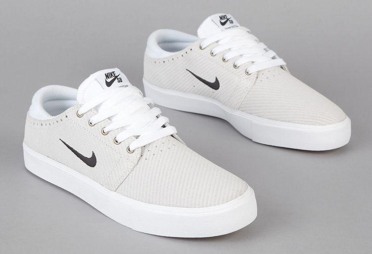 Nike SB Team Edition 2 - White/Black Gum colour way   White shoes ...