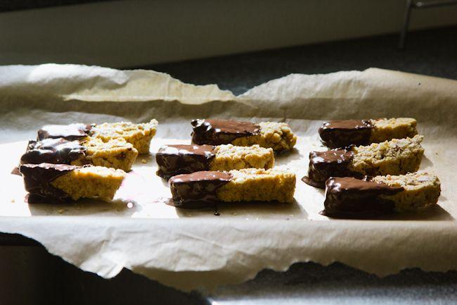 London Bakes | chocolate-dipped hazelnut biscotti