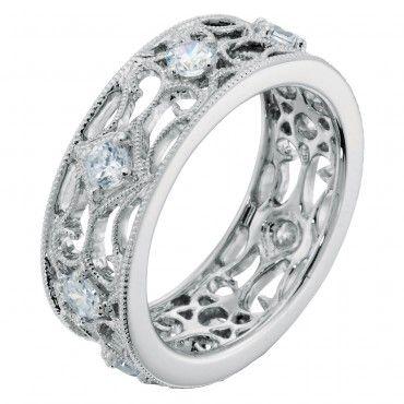 I am in love with this ring! Like a lot a lot a lot
