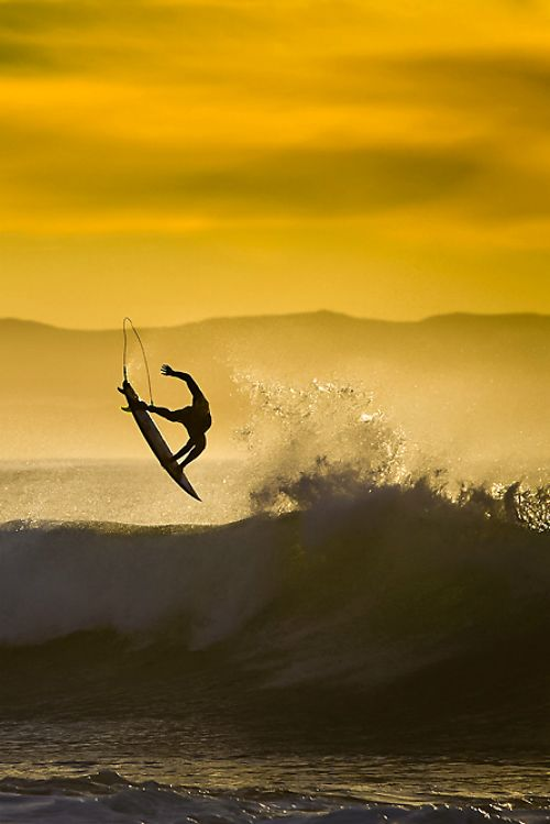 Kolohe Andino, gold Photo: DJ Struntz