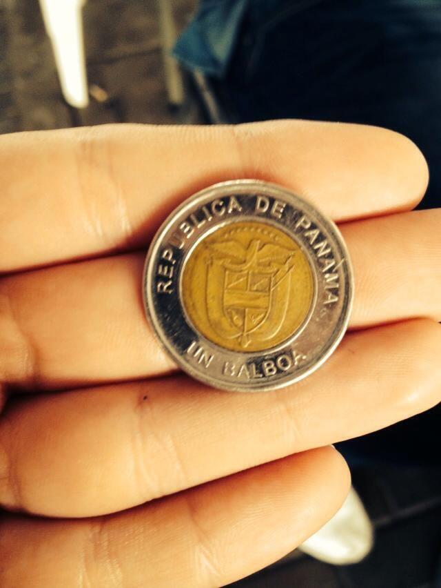 """Balboa -  è la moneta ufficiale di Panamá. Ha questo nome in onore del conquistatore spagnolo Vasco Núñez de Balboa. Nel 1941 il presidente Arnulfo Arias, fece stampare delle banconote in Balboa che furono ritirate 7 giorni dopo e furono soprannominate """"Il dollaro dei sette giorni"""", queste furono le uniche banconote in Balboa, che furono ritirate e quasi tutte distrutte. Nel Paese infatti vengono comunemente utilizzate le banconote statunitensi."""