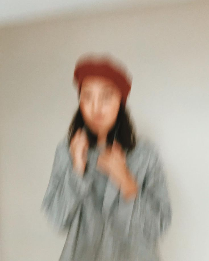 """Elise Joseph (@pennyweight) on Instagram: """"Blurry shot from today's @shopgoodwin photo shoot—feels like a painting to me. 🎨 Sometimes the…"""""""