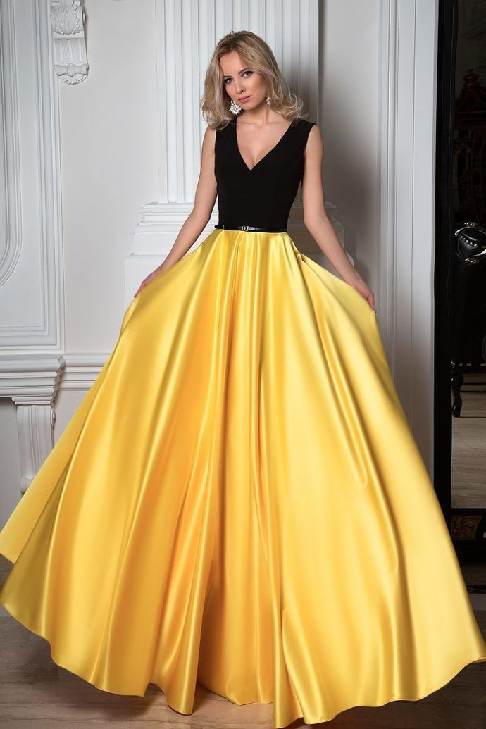 Simple Black And Yellow Charming V Neck Sleeveless Floor Length Prom