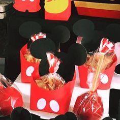 mesa de dulces mickey candy bar mickey dulceros mickey mickey dulces mickey