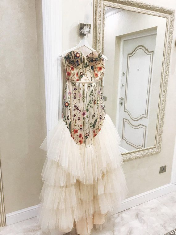 400a7b66367 Flower nude wedding dress Color wedding dress with sleeves