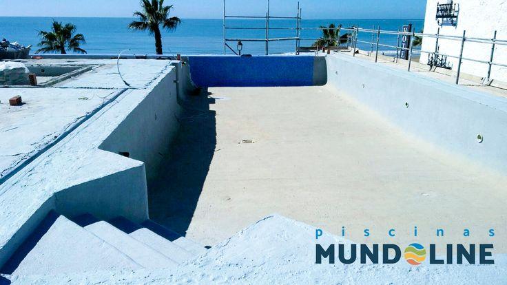 Terminada la impermeabilización de la piscina en el Hotel Ágaro de Chipiona. ¡¡¡ Ya nos queda poco para terminar !!!.