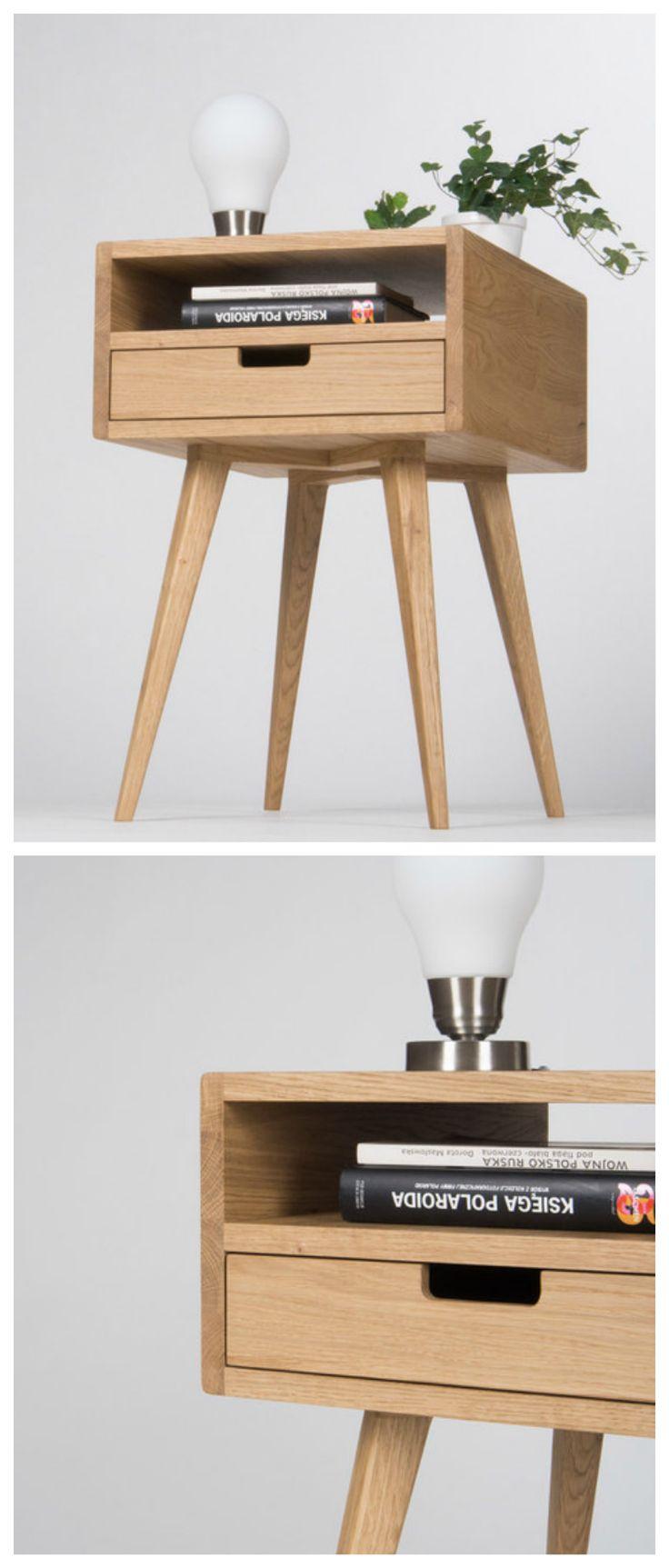 Minimalistisch Wohnen: Kleines Nachtschränkchen Aus Massivem Holz In  Skandinavischem Design/ Scandinavian Design: Small